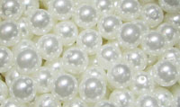 2153 - Pearl Coat - White Round 8mm